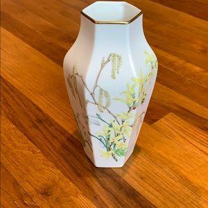 1979 Wedgwood limited edition- The Springtime vase
